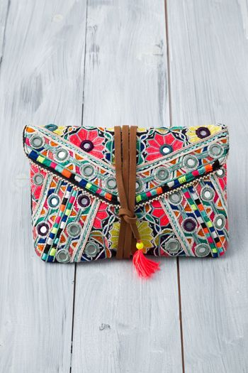 The Stylistic Wardrobe : Colorful Tribal Ladies Purse