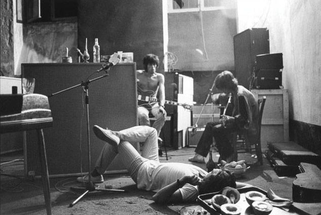 Keith Richards & Mick Jagger at Villa Nellcote, France, 1971 by Dominique Tarle