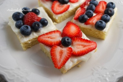 yummy fourth: Fruit Pizza, Sugar Cookies Bar, Recipe, Cookie Bars, Cookies Squares, Holidays Ideas, July Sugar, 4Th Of July Cookies, July 4Th