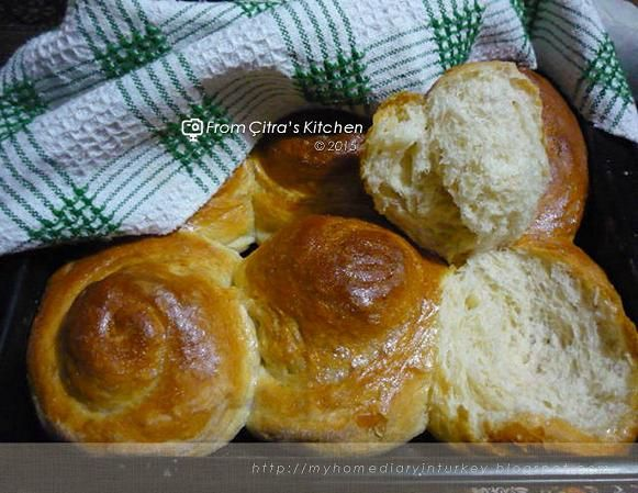Citra's Home Diary: Bread rolls/ Roll-ppang 롤빵