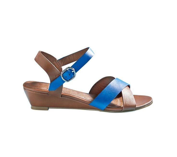Klinové sandále s prekríženými remienkami | blancheporte.sk #blancheporte #blancheporteSK #blancheporte_sk #sandals #shoes #topanky