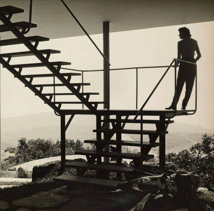 Lina Bo Bardi, Casa de Vidro, São Paulo, 1949-1951. Photo Francisco Albuquerque, 1951, © Arquivo ILBPMB