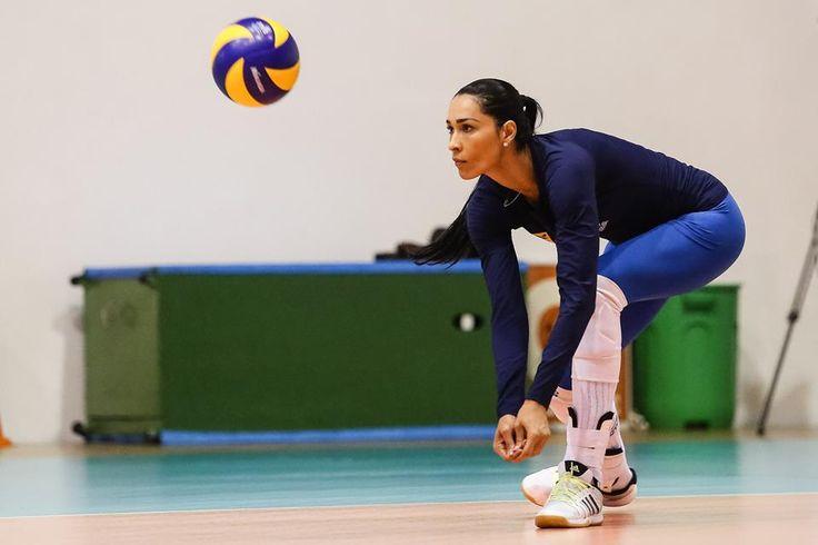 Rio-2016-atletas-brasileiras-mais-bonitas-das-olimpiadas-jaqueline-volei-gatas Jaqueline (Vôlei)
