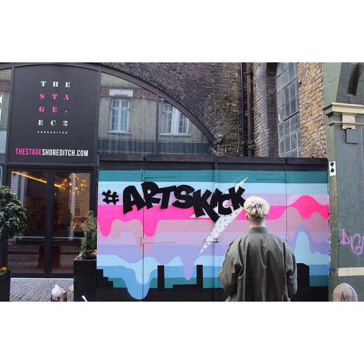 79 отметок «Нравится», 2 комментариев — Hackney Downs Studios (@hackneydownsstudios) в Instagram: «The awesome Joe Clarke painted up a wall in #Shoreditch this #weekend for the #Artskickers Awards!…»