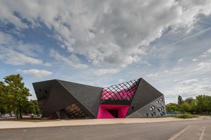 Культурный центр в Мюлузе после реконструкции от архитектора поль ле квернека