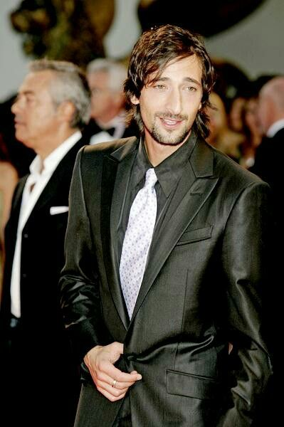 Adrien Brody....ahh....the guy is just TO DIE FOR <3