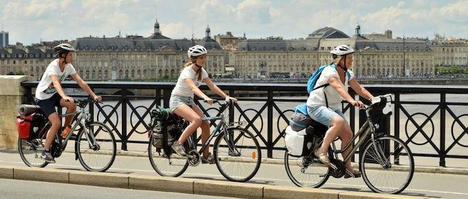 Crédit : http://www.francevelotourisme.com/contenus/villes-a-velo/bordeaux
