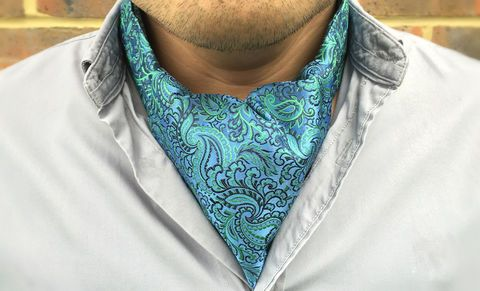 HALCYON Woven Silk Cravat #pocketsquare #cravat #pocketsquares #menswear #mens #fashion #mensfashion #mensstyle #groom #grooms #groomswear #wedding #weddings #weddingstyle #style #weddinginspiration #inspiration #styling #accessories #weddingcravat #silk #silksquare #madeinengland #madeinbritain #britishmade #cravatclub #blue #green #bluebell #seagreen #sea #paisley