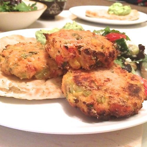 Skinny groente-zalmburgers uit de oven - Chickslovefood.com