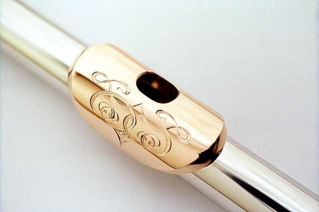 Engraving musical instruments