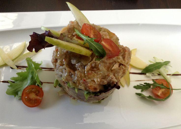 Nuestra rica ensalada de perdiz  No te podrás ir de #Cáceres sin probarla kcy.me/tt2s #gastronomía