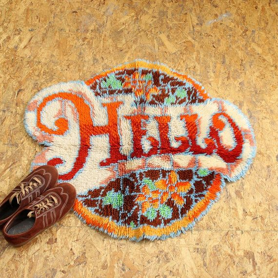 vintage rug . latch hook rug . hello rug . vintage home by aorta