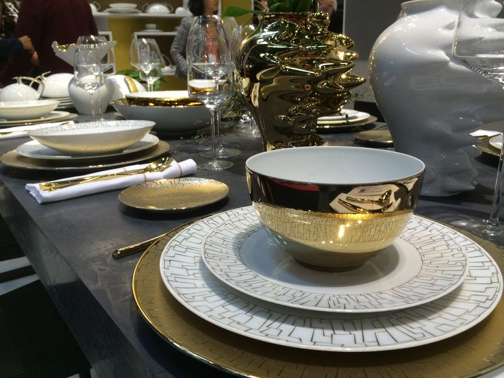 TAC skin gold - bautiful design and stylish AS Rosenthal always is..