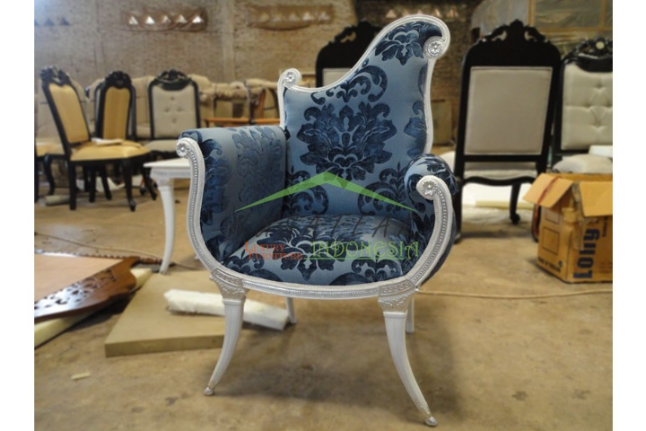 Dasarata Modern Chair for Living Room | Luxury Furniture From Indonesia