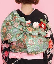 "Obi- feeling floral? Checkout the amazing Obi ""knot""."