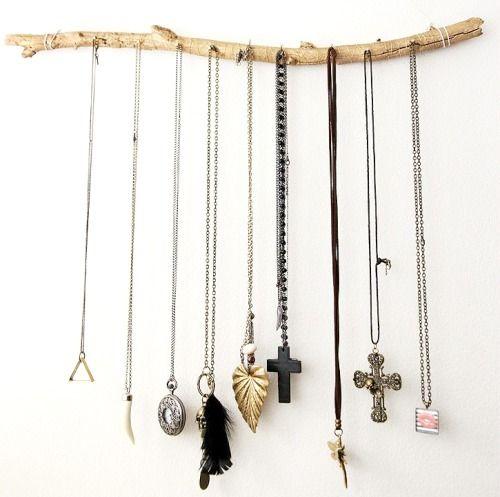 #diy #rustic #jewellery #holder #storage