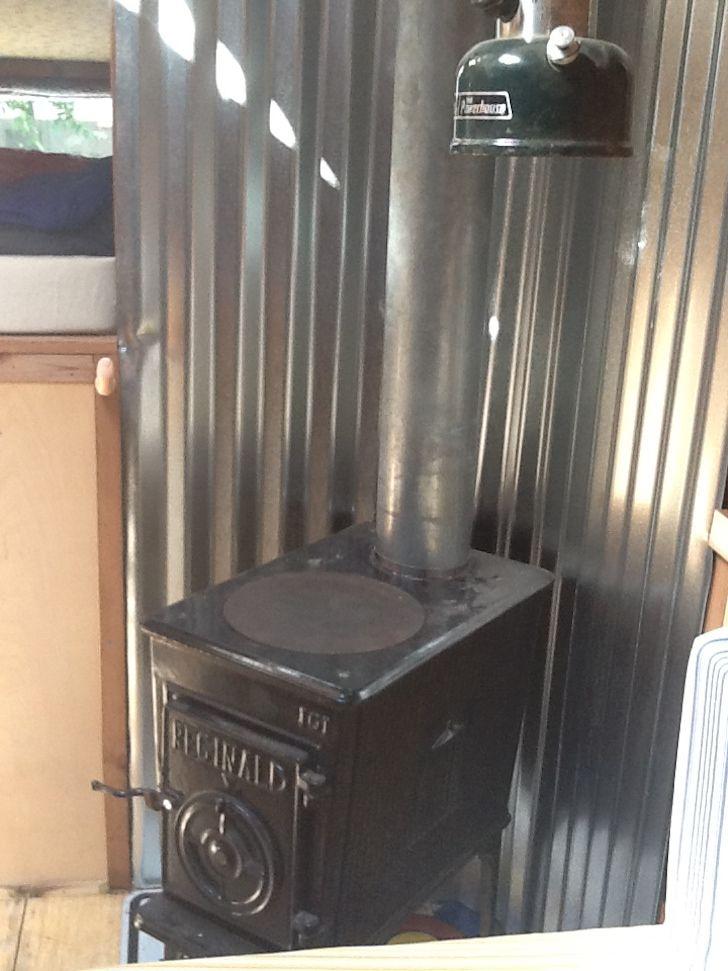 Resultado de imagen de motorhome wood stove | Estufa llenya camió |  Pinterest | Stove, Woods and Motorhome - Resultado De Imagen De Motorhome Wood Stove Estufa Llenya Camió