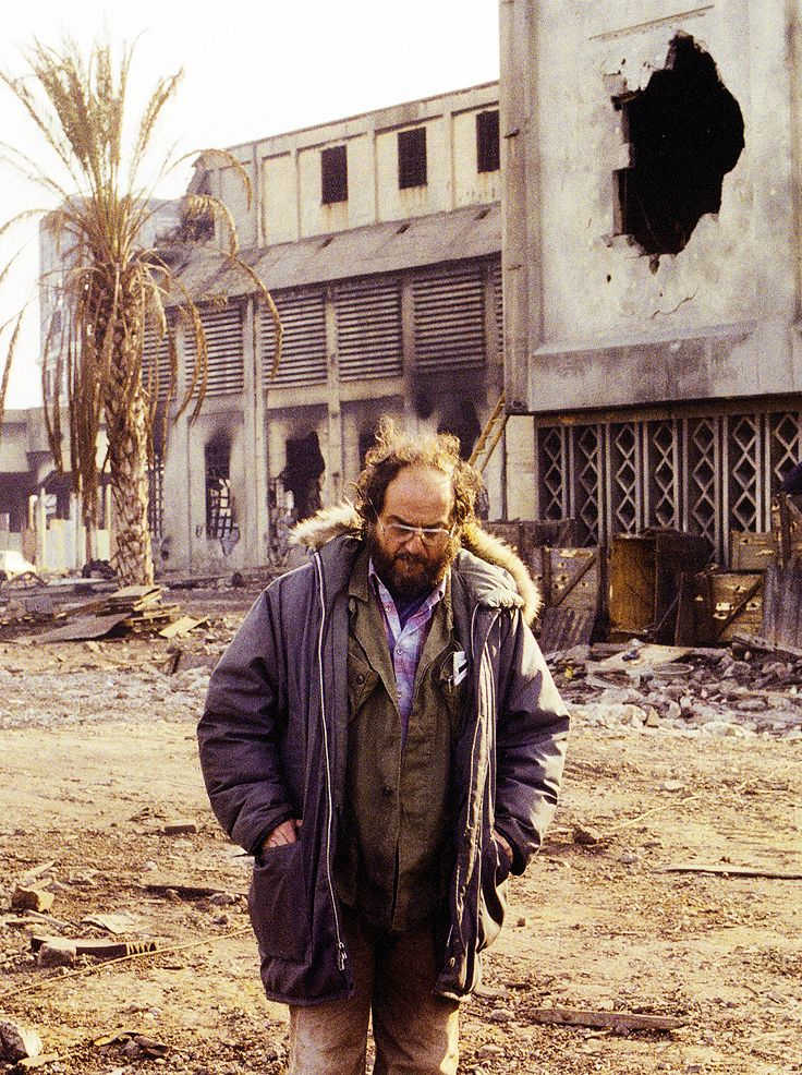 Stanley Kubrick on the set of Full Metal Jacket (1987)