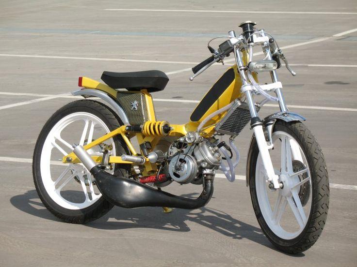 Peugeot 103 moped