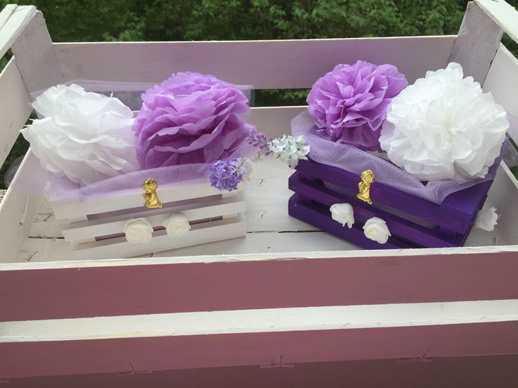 Centro de mesa lila y blanco para confirmacion