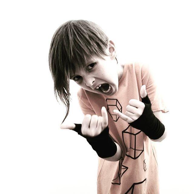 Weekend!!!! Yeahhhh! #enjoy #weekend #acbc #acbckids #nununucrew #nununu #nununuworld #rocknroll #rocknrollbaby #teadogetrocknroll #missgrumpy #grumpykid #instamood #instadaily #picoftheday #mood #moodoftheday #mypic #mypicture #geometry #orange #romania #france #orangeandblack #formesgeometriques #kidsdesigner  #orangeistheneweverything #wonderwall #nottherightfingers