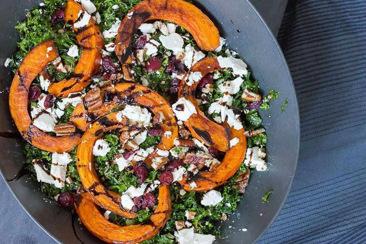 Vintersalat med grønkål, græskar og feta