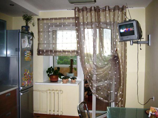 шторы на маленькую кухню фото 2016 современные
