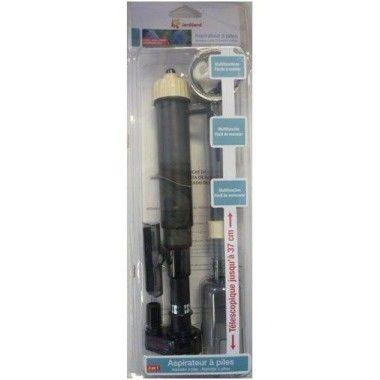 ASPIRATEUR À PILES 20,90 € Avec cet aspirateur de fond à piles, vous pourrez nettoyer le fond de votre aquarium.La puissance de l'appareil est conçue de manière à aspirer les impuretés et petites particules sans trop soulever le fond de l'aquarium (sable, gravier). A l'intérieur de l'appareil, une cloche retient les déchets et renvoie aussitôt l'eau dans l'aquarium. Pour le nettoyage des vitres, pour effectuer une vidange de votre aquarium, etc.