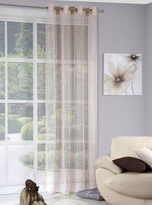 Béžový záves na okno vzorovaný