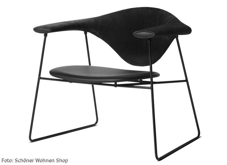 Der Lounge Stuhl Masculo Von Gubi Wirkt Durch Seine Sitzfläche, Aus  Gepolstertem Leder, #