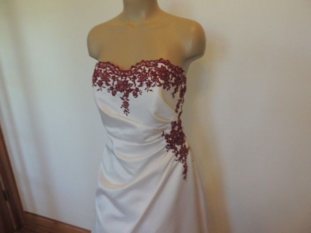 David's Bridal size 8 strapless white with apple red matching veil wedding dress