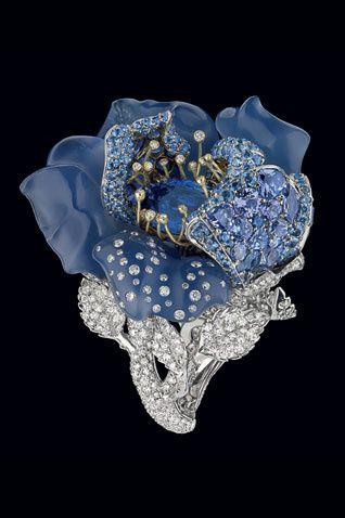Ring - Ball Blue Night golden white , golden yellow , diaamants , diamond white , sapphire , chalcedony blue and tanzanite .