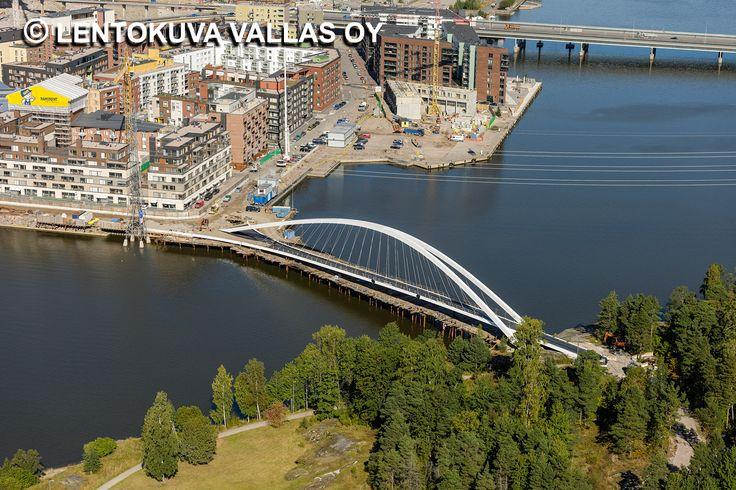 Mustikkamaan silta, Isoisänsilta, Helsinki Ilmakuva: Lentokuva Vallas Oy