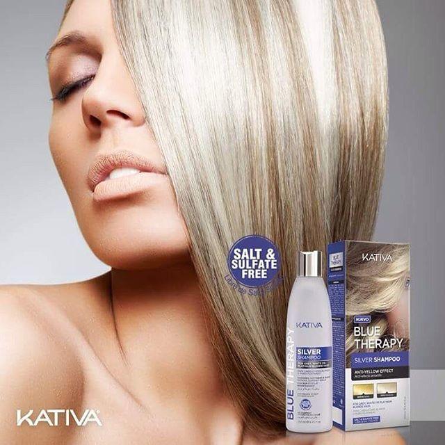 ΠΟΛΥ ΣΥΝΤΟΜΑ ΚΟΝΤΑ ΣΑΣ!!! Η ΕΠΟΜΕΝΗ ΓΕΝΙΑ!!! Kativa Blue Therapy Silver Shampoo To Kativa Blue Therapy Silver Shampoo είναι ένα σαμπουάν που χρησιμοποιεί μια φόρμουλα από μπλε και μωβ διορθωτικές χρωστικές της επόμενης γενιάς . Χρησιμοποιεί μικροσωματίδια που διεισδύουν στην ίνα της τρίχας ,εξουδετερώνοντας τις ανεπιθύμητες αποχρώσεις του κίτρινου και πορτοκαλί ενώ ταυτόχρονα παρέχουν ενυδάτωση και λαμπερά και υγιή μαλλιά! Εάν έχετε γκρίζα μαλλιά, έχουμε ένα σαμπουάν σχεδιασμένο για εσάς.