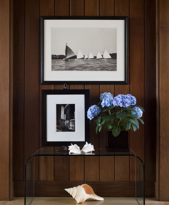 Contemporary hallway foley cox dering hall design connect in partnership with elle decor Elle home decor pinterest