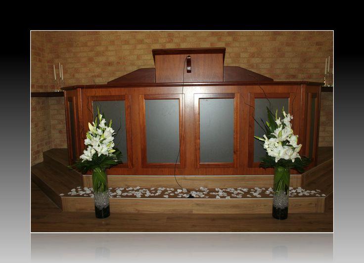 http://floralicious.wordpress.com/ Church Arrangements