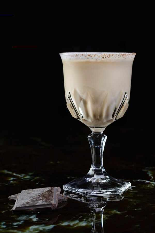 Brandy Alexander Cocktail Recipe From Cdkitchen Brandyalexanderrecipe