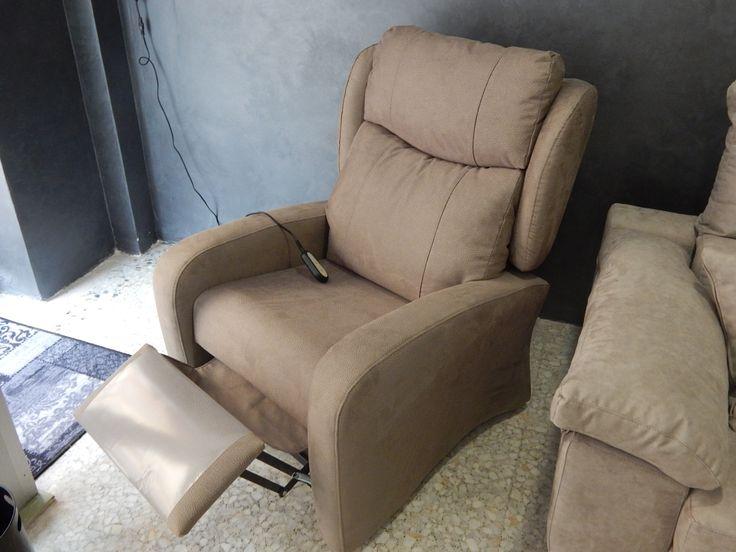 Magnifico sillón relax eléctrico y con sistema power-lift, que ayuda a levantarse. Ideal para personas mayores.