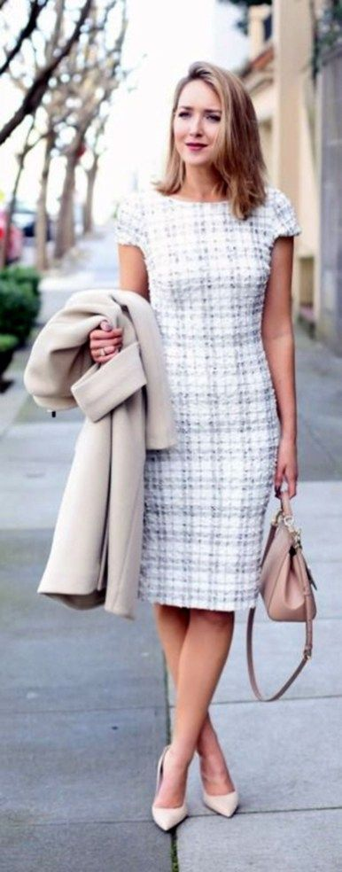 Professional work outfits for women ideas 21