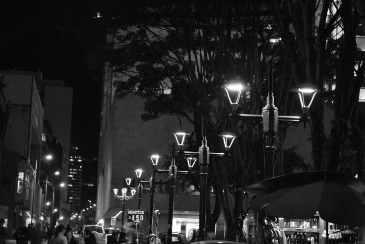 Noche en el centro de Bogotá.