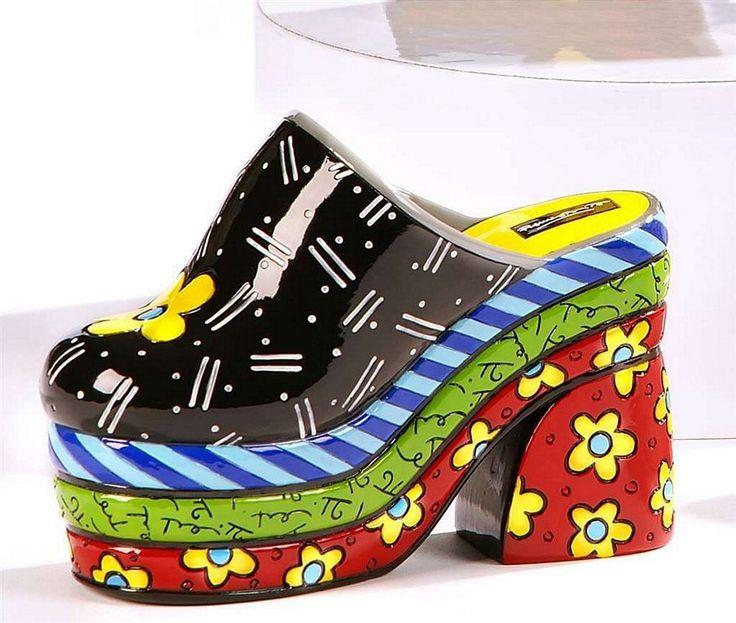 Статуэтка декоративная BRITTO Clog Материал полистоун.  #makaronka #makaronka_shop #britto #design #gifts #souvenirs