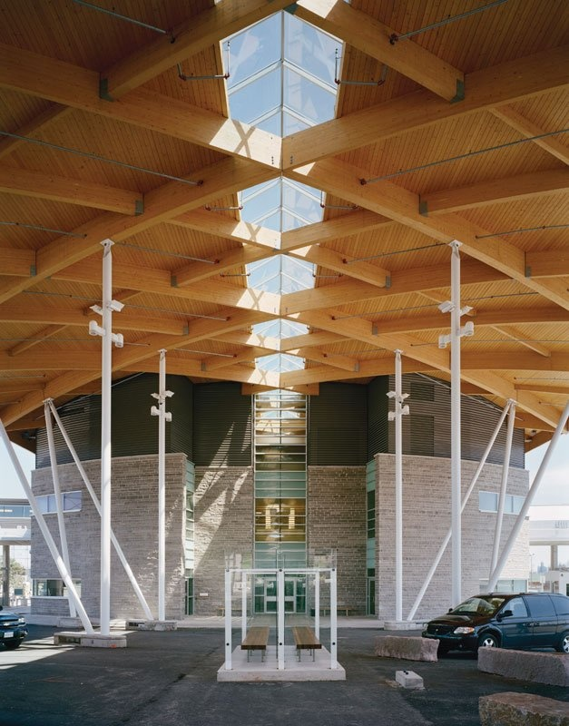Pictures - Canadian Plaza at the Peace Bridge - Looking from secondary inspection to the Customs and Immigration Building with exterior glass screen - Architizer