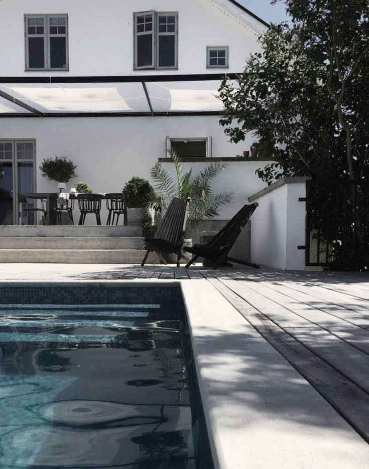 Pool love chez Daniella Witte www.annagillar.se