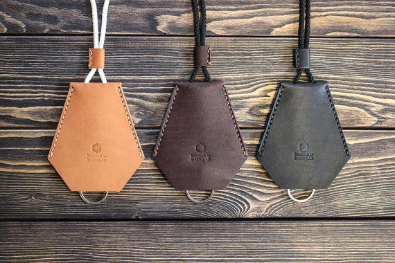 Handmade leather key holder. Key case. by inSidegift on Etsy