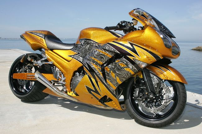 """Custom ZX14- As they say, """"It looks like it's going 100 mph standing still""""....Hmmmm, better make that 200...K"""