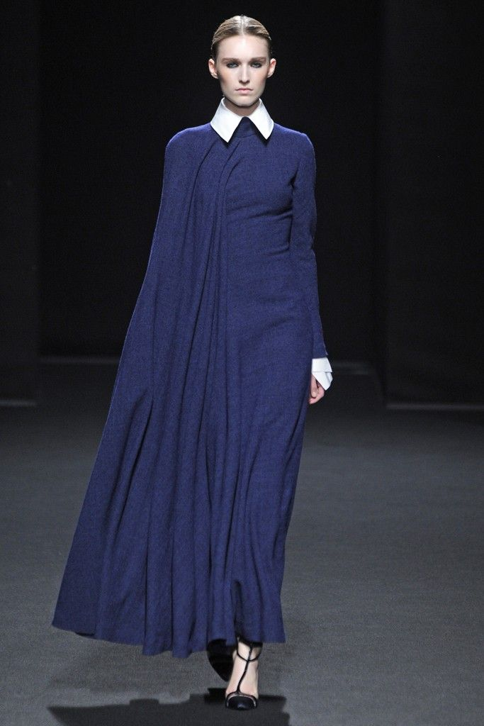 Stéphane Rolland Fall Couture 2013 - Slideshow - Runway, Fashion Week, Reviews and Slideshows - WWD.com