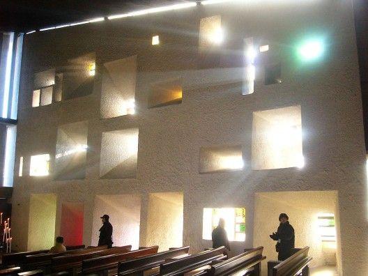 le corbusier ronchamp chapel