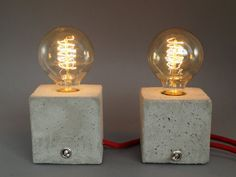 """2 bedside lamps """"CUBO"""" concrete / textile cable / Vintage Light Bulb"""