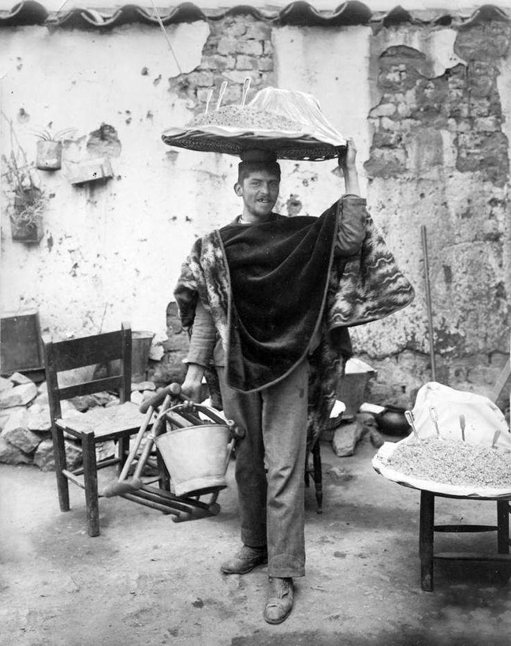 Vendedor de mote en la comuna de Colina en 1906. Chile