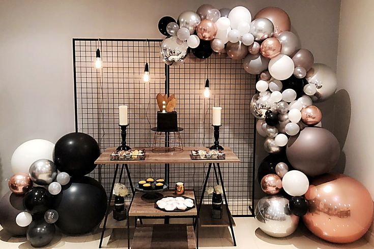 Black Grey And Rose Gold Balloon Garland Black Grid Backdrop Stylish Soirees P Can Balloon Decorations Party Rose Gold Balloons Dessert Table Birthday